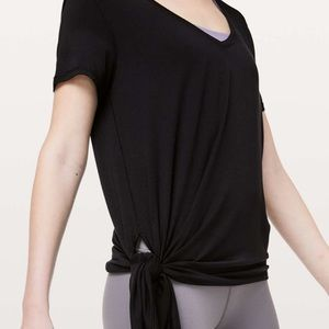 NWOT Lululemon black to the point side tie top 6